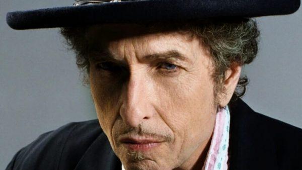 Programa Combate Rock destaca Lei Aldir Blanc, 80 anos de Ringo Starr e Bob Dylan