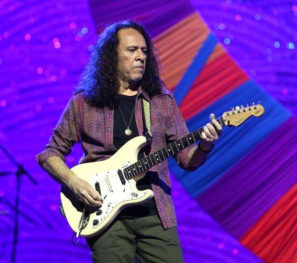 A guitarra psicodélica de Paulo Rafael se cala