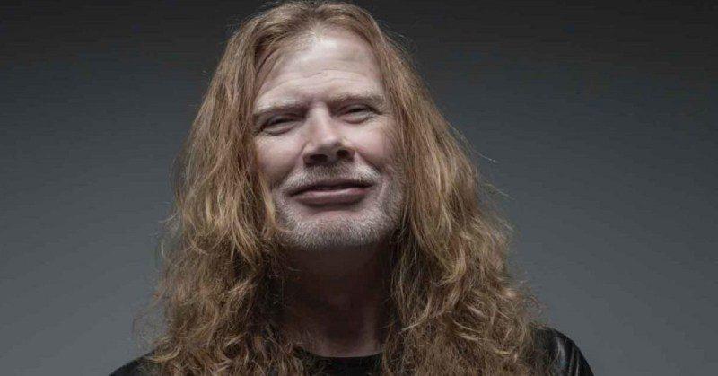 Dave Mustaine, do Megadeth, chafurda no negacionismo e investe contra as máscaras